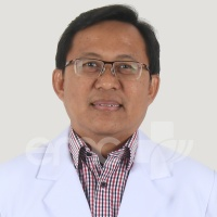 Dr. Sumaryono, Sp.PD-KR