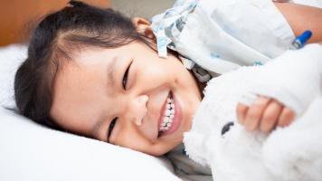 Kelebihan Bedah Minimal Invasif untuk Menangani Penyakit Saraf yang Diderita Anak image