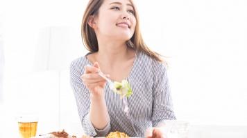 Tahun Baru Bikin Badan Melar? Yuk, Kembalikan dengan Diet Sehat Berikut Ini image